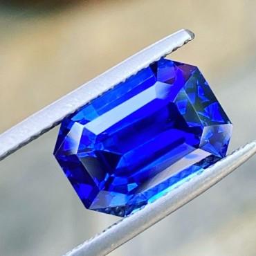 Blue Sapphire 5.10 Ct.